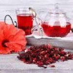 Медики рассказали, кому полезен чай каркаде